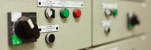 Złącza kablowe i kablowo pomiarowe w obudowach termoutwardzalnych